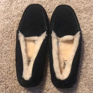 Ladies UGG Slippers Size 10 NEW